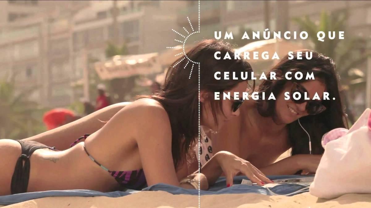 Nivea: Cargador Solar Ad Revista